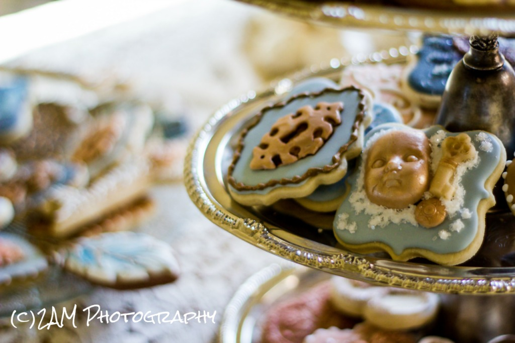 It doesn't seem possible these cookies are edible, they are so gorgeous